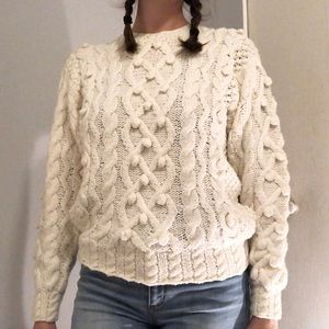 Sweaters - Chunky White Knit Pullover Sweater - Medium